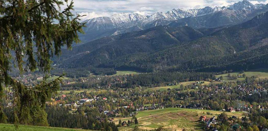 panorama klimatu górskiego w Zakopanem